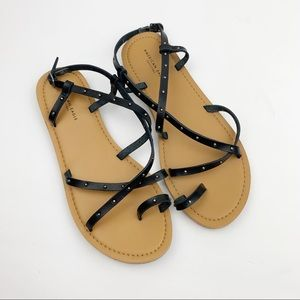 American Eagle   Black Strappy Studded Sandals